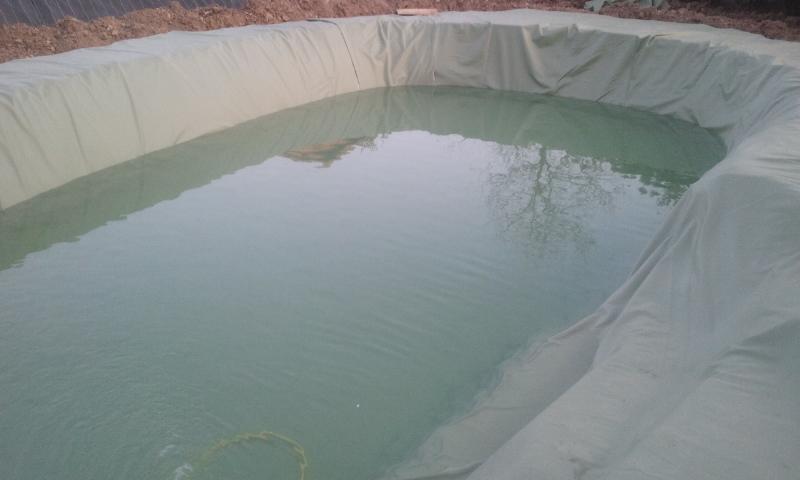 Faire sa piscine faire sa piscine for Piscine sur terre